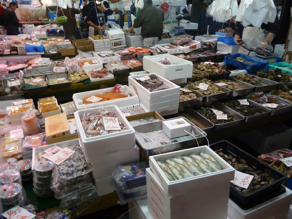 tsukiji market12 Biggest Wholesale Fish and Seafood Market