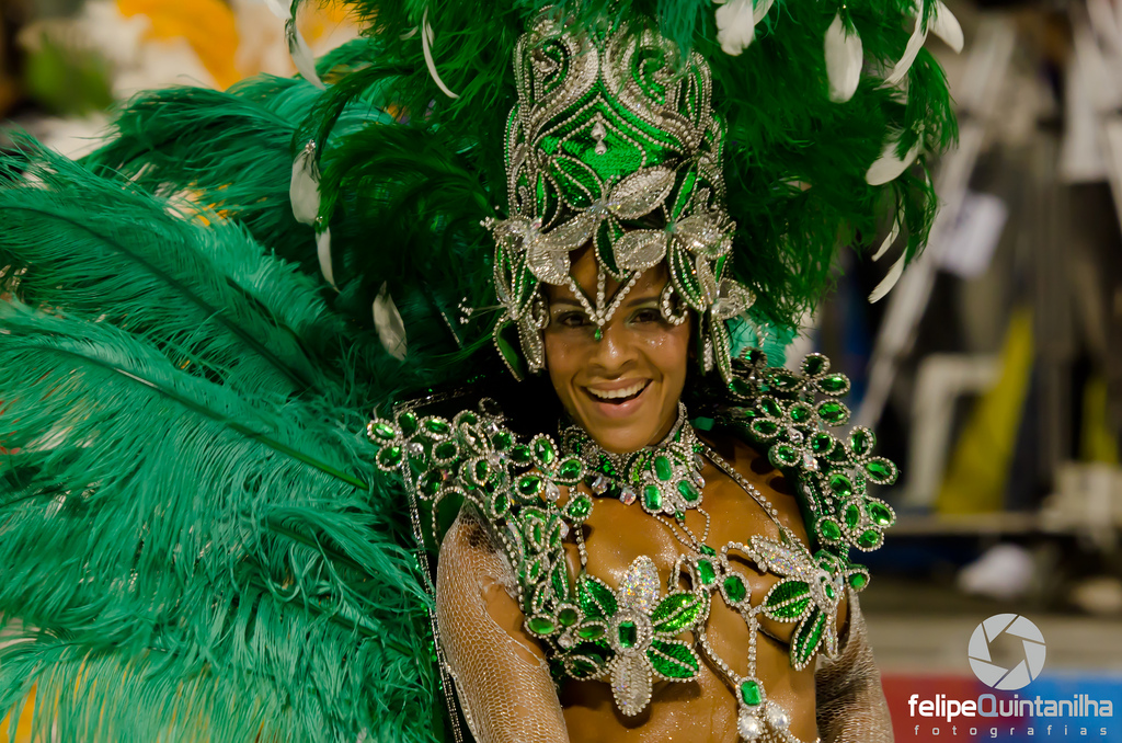 carnival rio 20111 Brazilian Carnival Costumes in Rio de Janeiro 2011