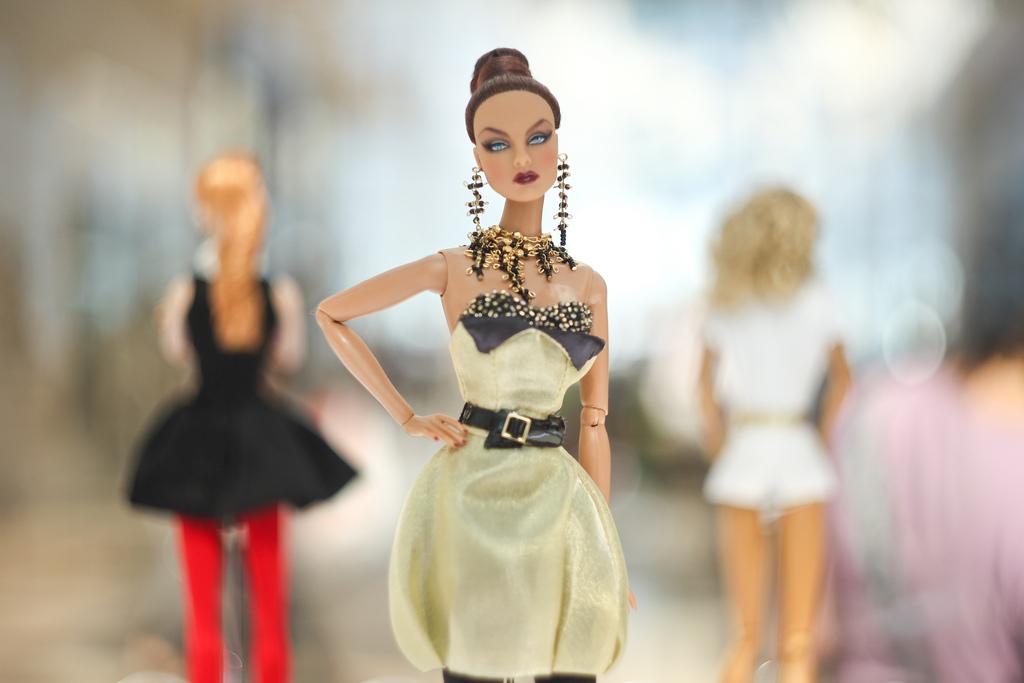 jason wu collection6 Jason Wu An Exhibition of Designer Dolls