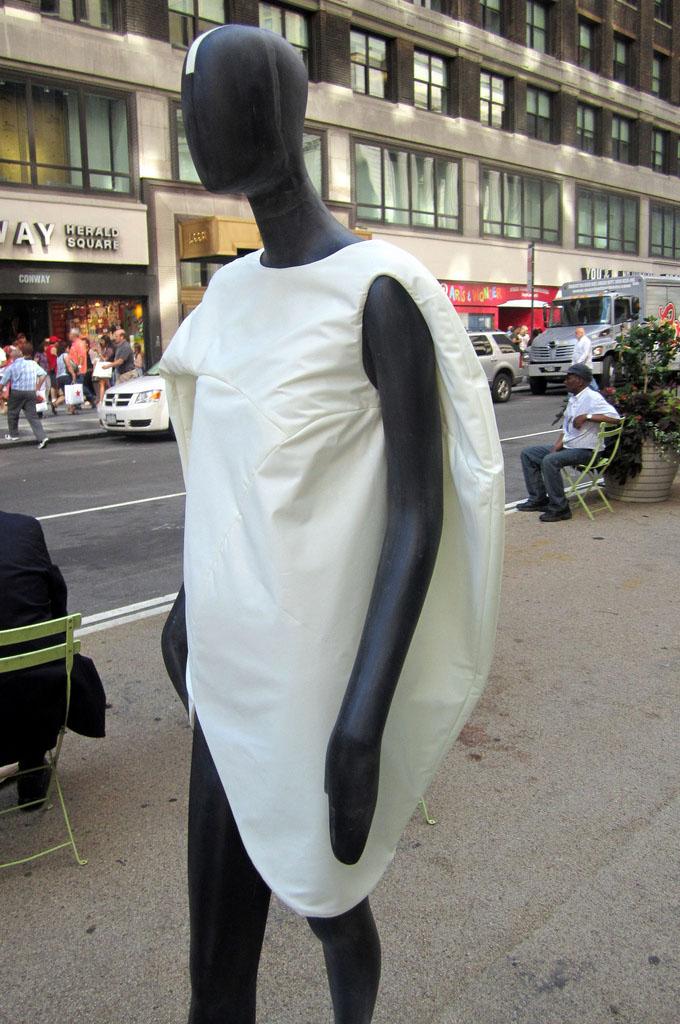 new york fashion9 New York Fashion Public Art Event