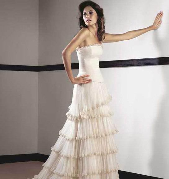 white wedding dress8 Be a Princess in White Wedding Dress