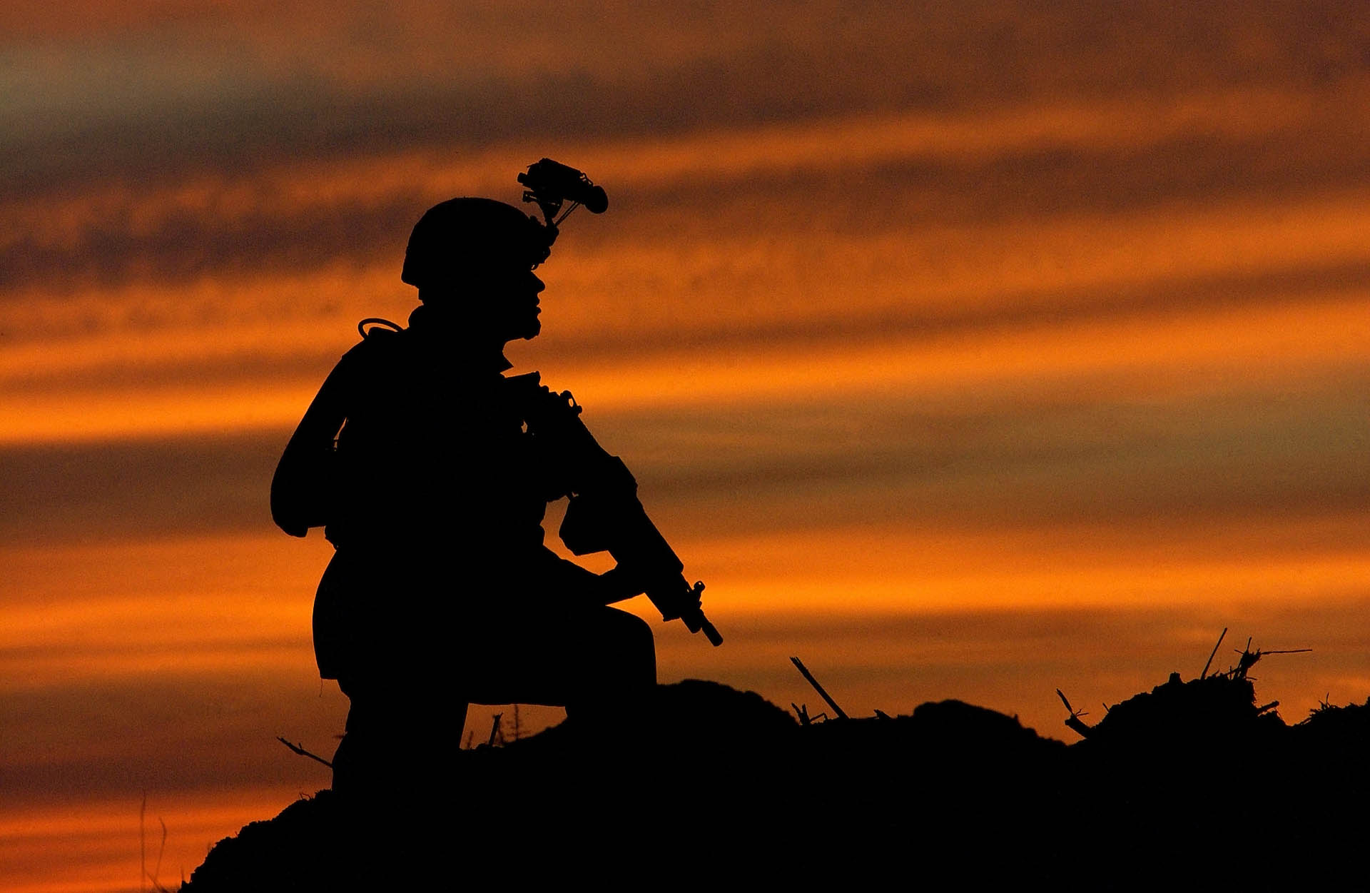 army wallpaper1 Best Army Silhouetted Wallpapers