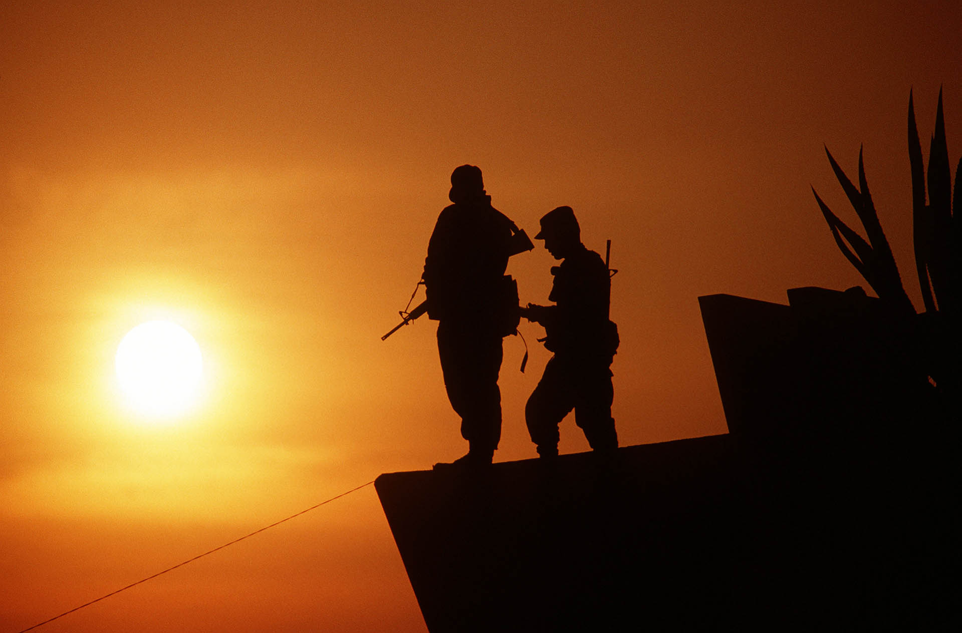 army wallpaper2 Best Army Silhouetted Wallpapers