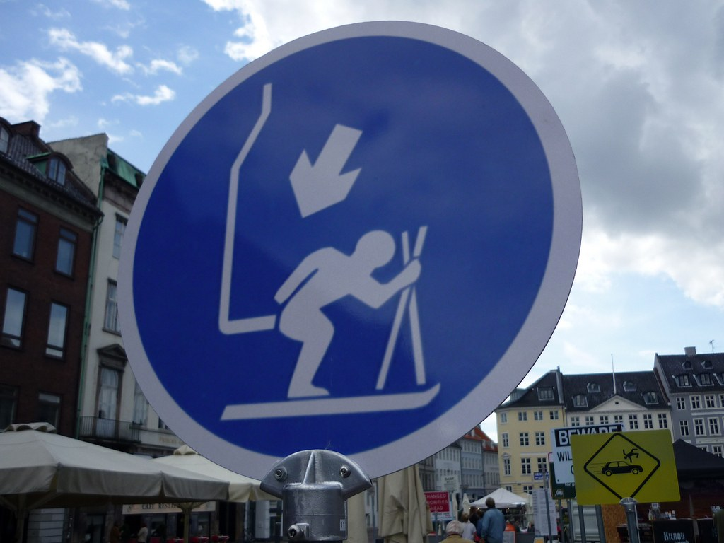 funny road signs 6 Funny Road Signs