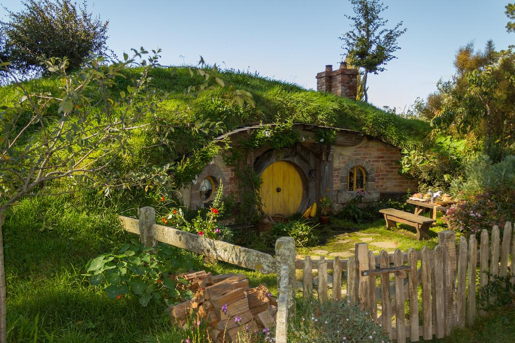 hobbiton movie set10 Hobbiton Movie Set in Matamata, North Island of New Zealand