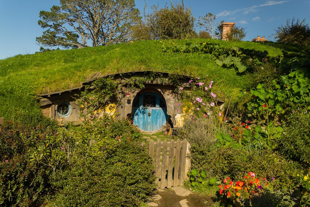 hobbiton movie set11 Hobbiton Movie Set in Matamata, North Island of New Zealand