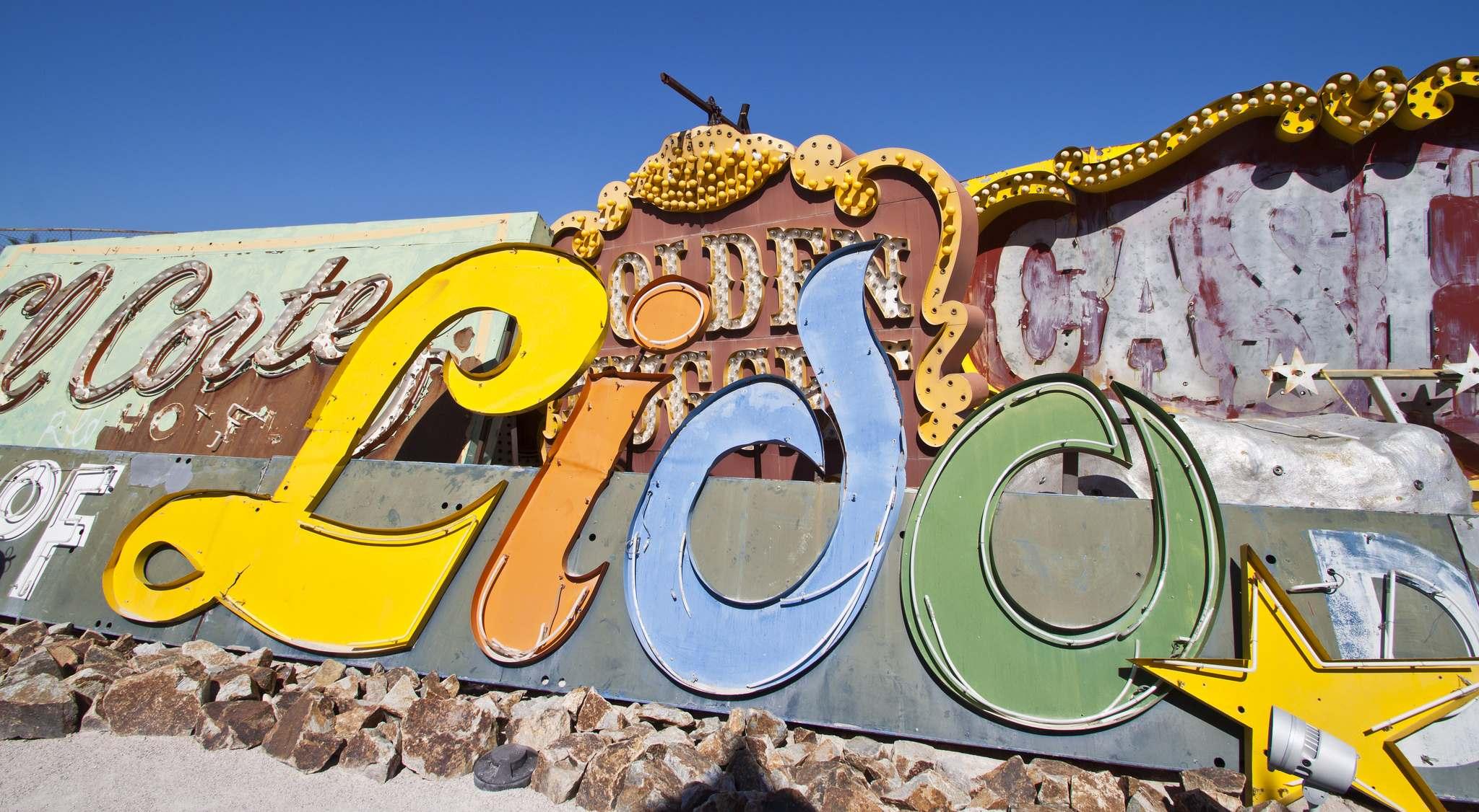 neon boneyard12 Las Vegas Neon Boneyard