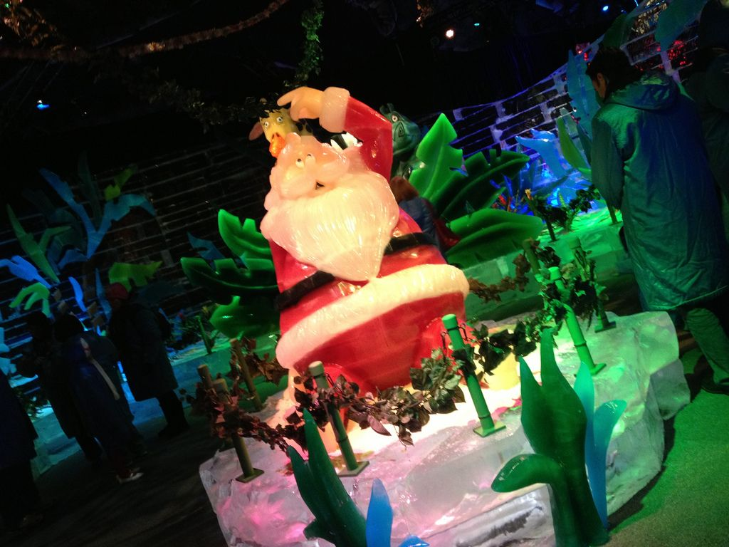 gaylord palms ice12 Madagascar Ice Sculptures Coolest Exhibit in Orlando
