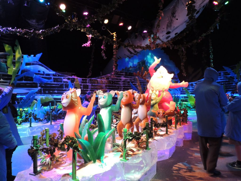 gaylord palms ice15 Madagascar Ice Sculptures Coolest Exhibit in Orlando