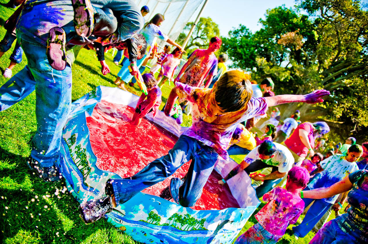 holi festival11 The Most Colorful Holi Festival