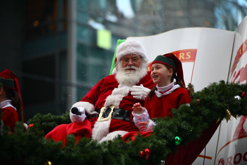 santa claus parade13 Rogers Santa Claus Parade