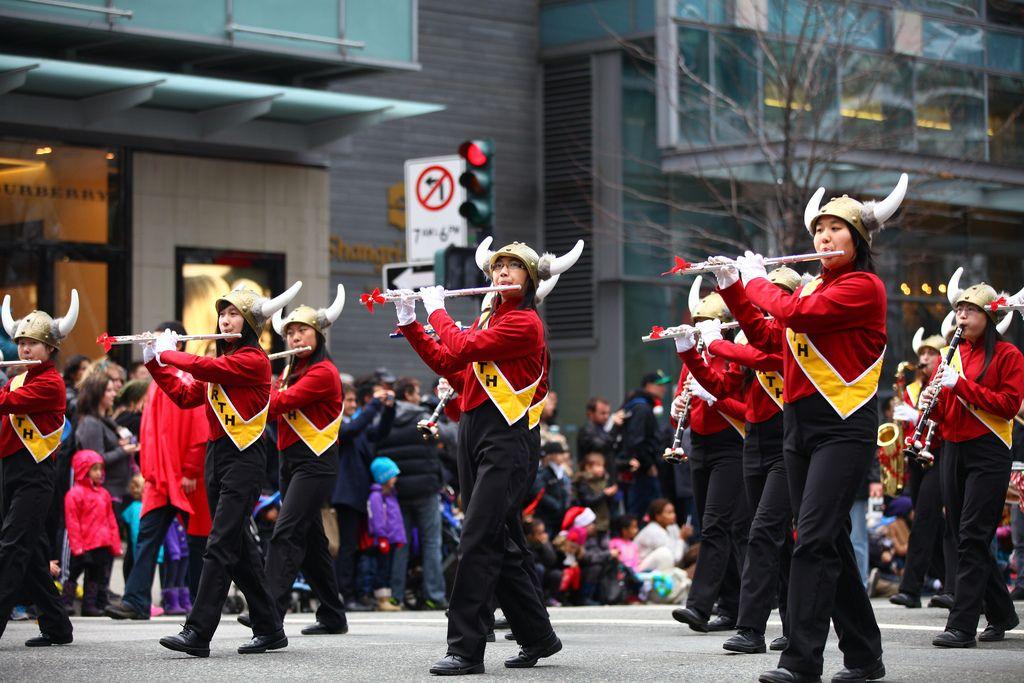 santa claus parade8 Rogers Santa Claus Parade