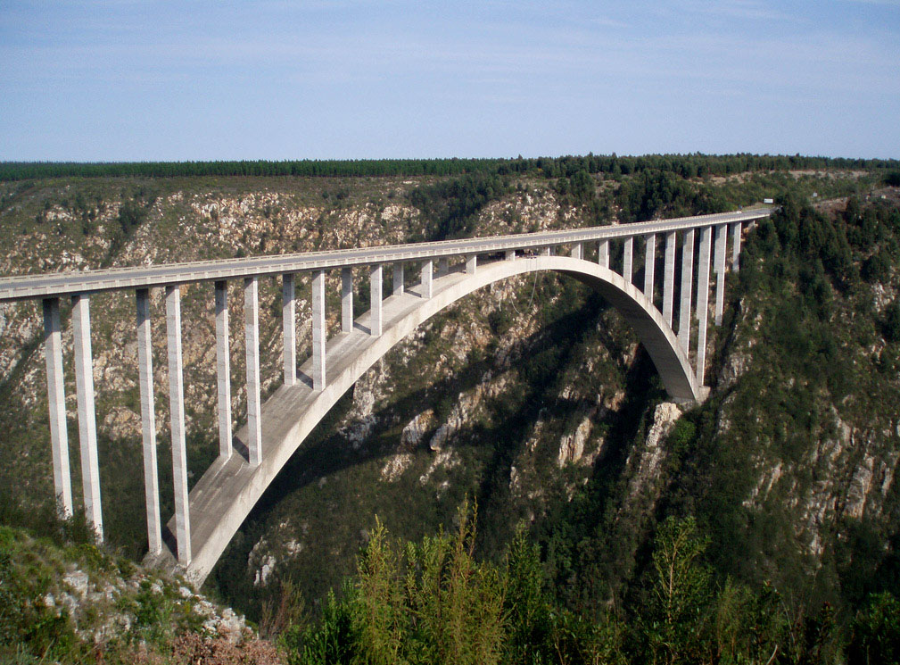 highest bungy13 Worlds Highest Bungy from 216 m High Bloukrans Bridge
