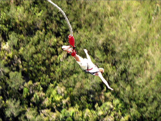 highest bungy4 Worlds Highest Bungy from 216 m High Bloukrans Bridge