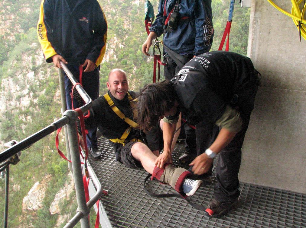 highest bungy5 Worlds Highest Bungy from 216 m High Bloukrans Bridge