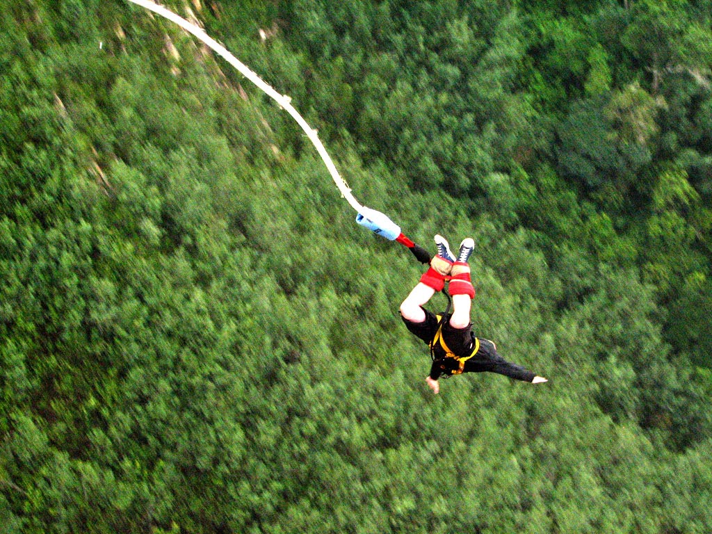 highest bungy6 Worlds Highest Bungy from 216 m High Bloukrans Bridge