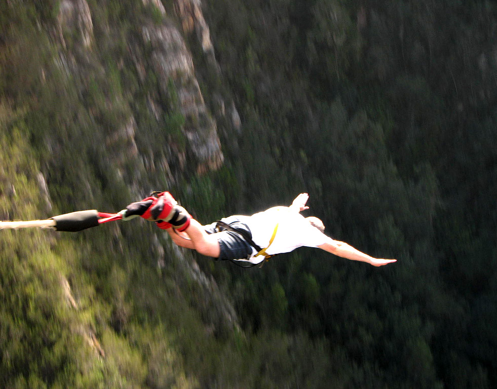 highest bungy9 Worlds Highest Bungy from 216 m High Bloukrans Bridge
