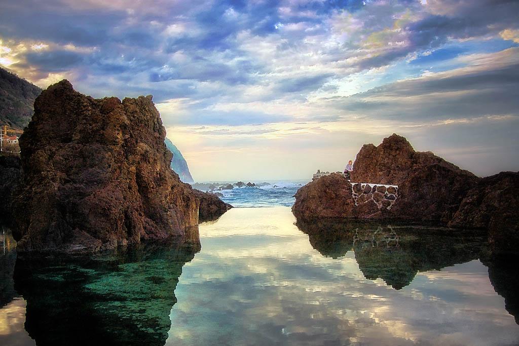 rock pool1 Most Attractive Rock Pools near Porto Moniz in Madeira, Portugal