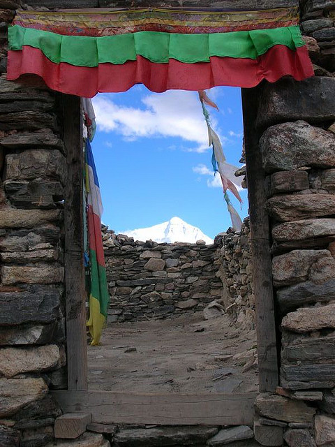 mount everest4 Mount Everest   Highest Mountain and Basecamp in the World