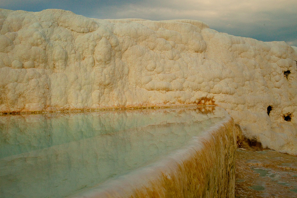 pamukkale15 Sunset in Pamukkale Travertine Terraces, Turkey