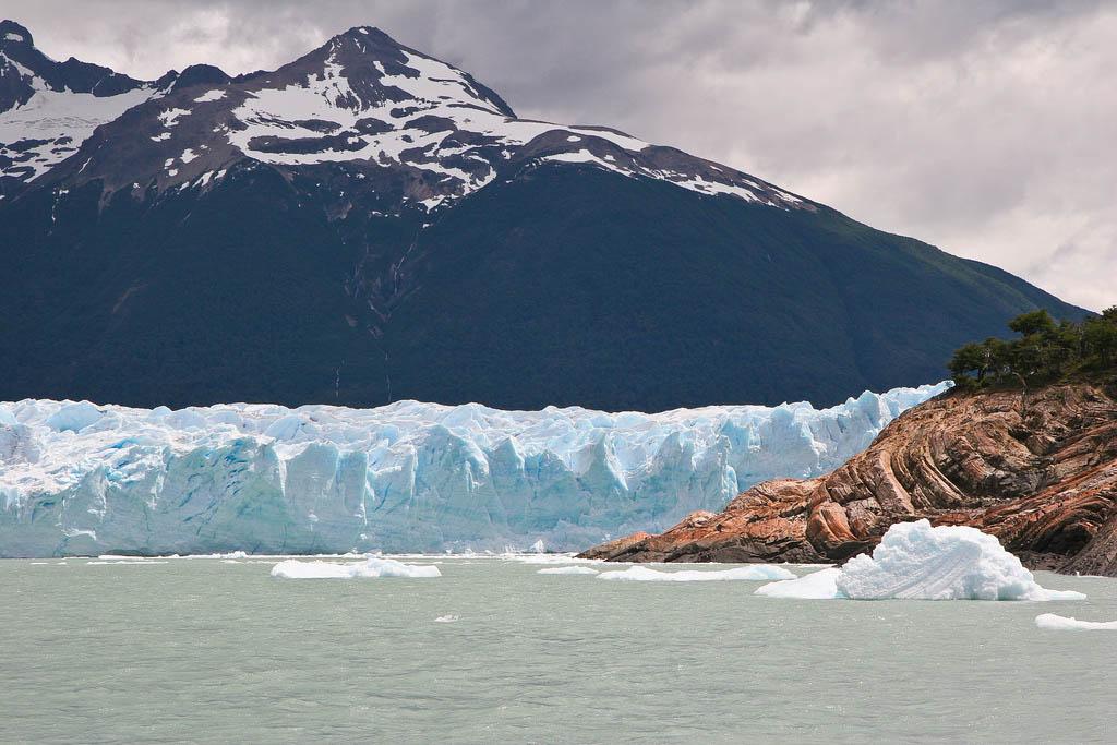 glaciar perito moreno Tour to an Enormous Perito Moreno Glacier