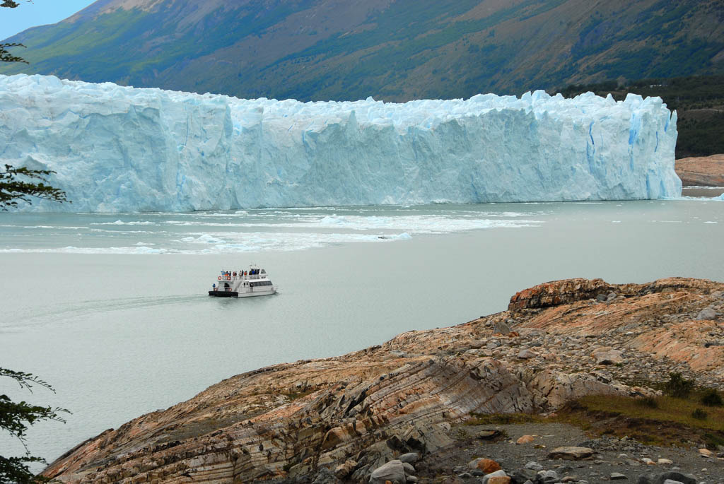 glaciar perito moreno14 Tour to an Enormous Perito Moreno Glacier