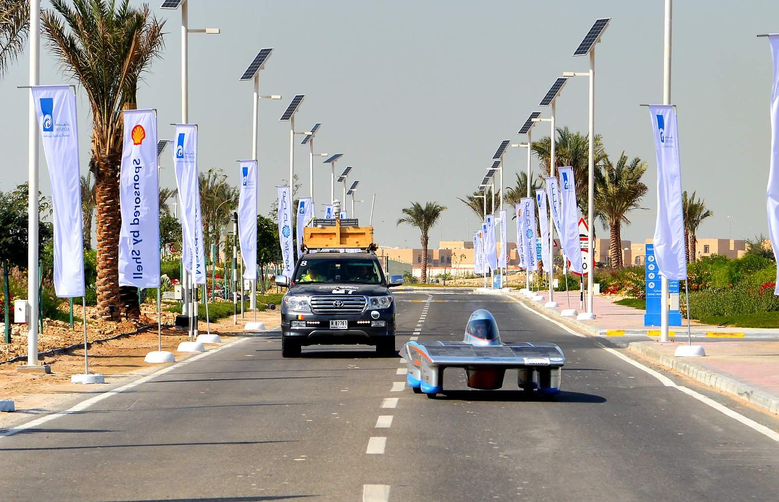 solar challenge6 Abu Dhabi Solar Challenge   Victory for Michigan University Team