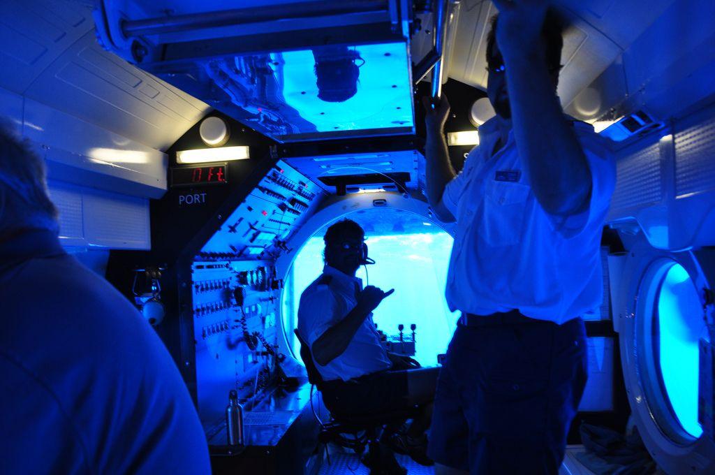atlantis submarine1 Atlantis Submarine   Things to Do in Maui