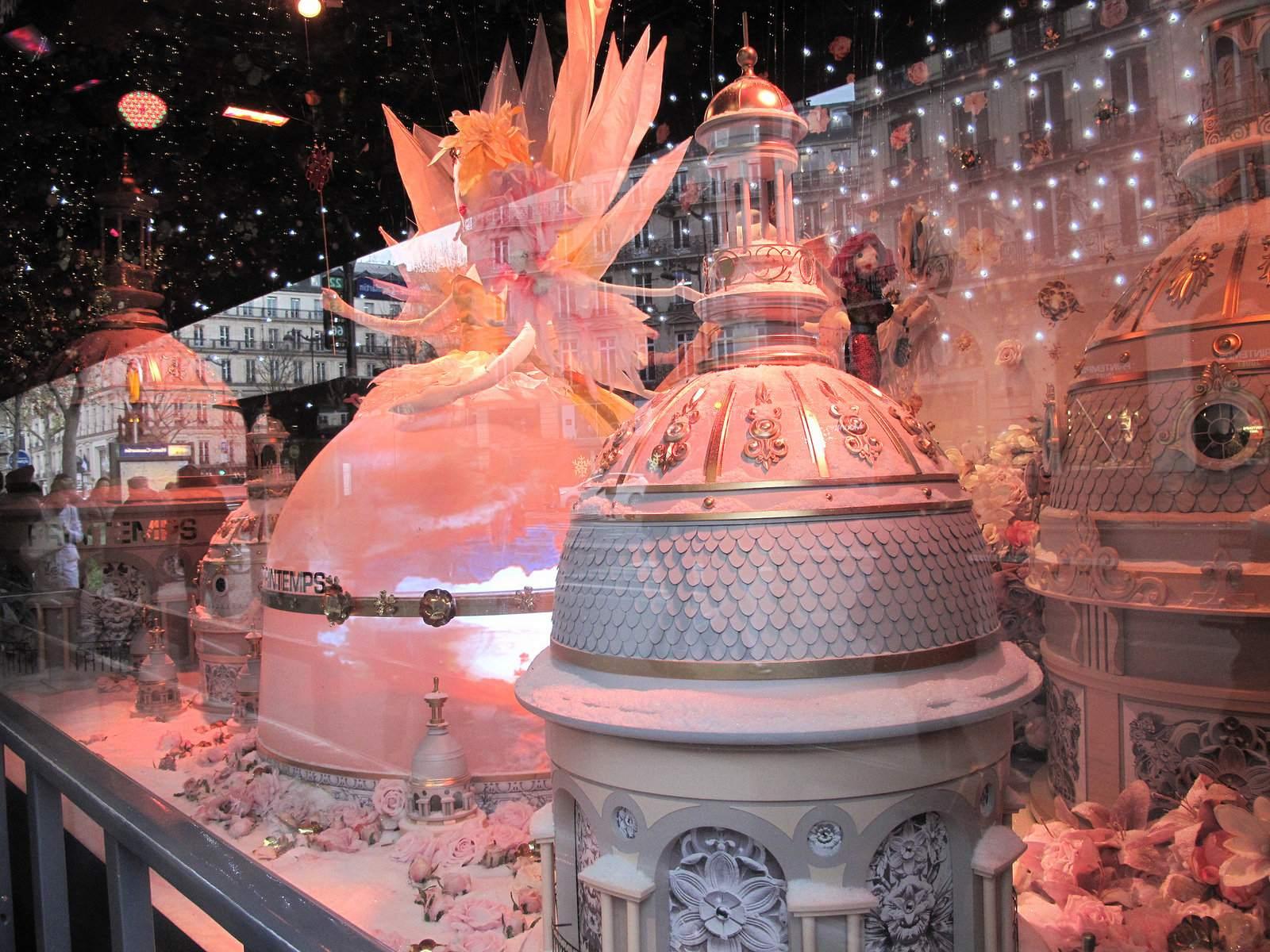 vitrines noel9 Christmas window displays in Paris