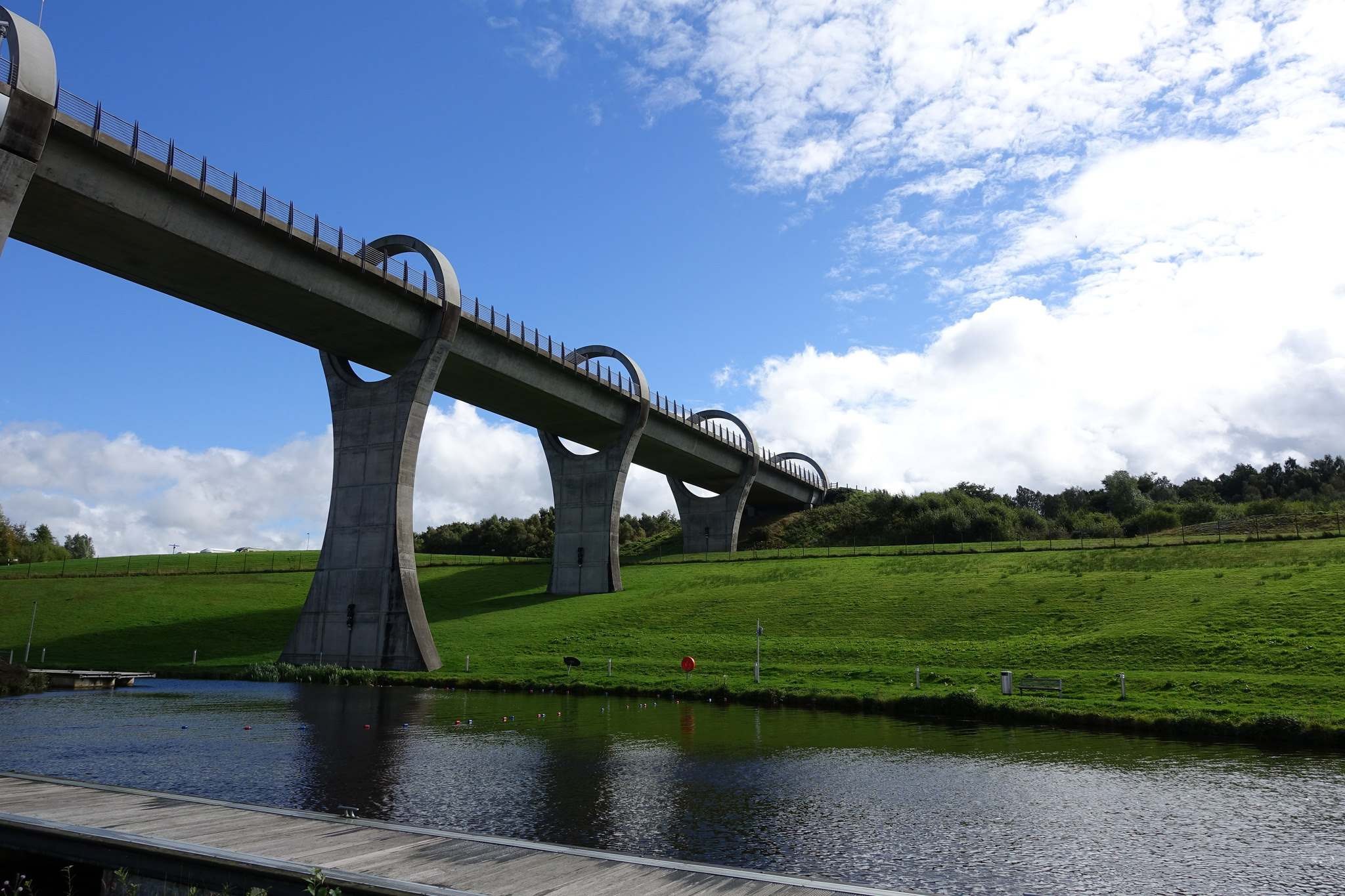 falkirk wheel2 The Falkirk Wheel   Rotating Boat Lift in Scotland