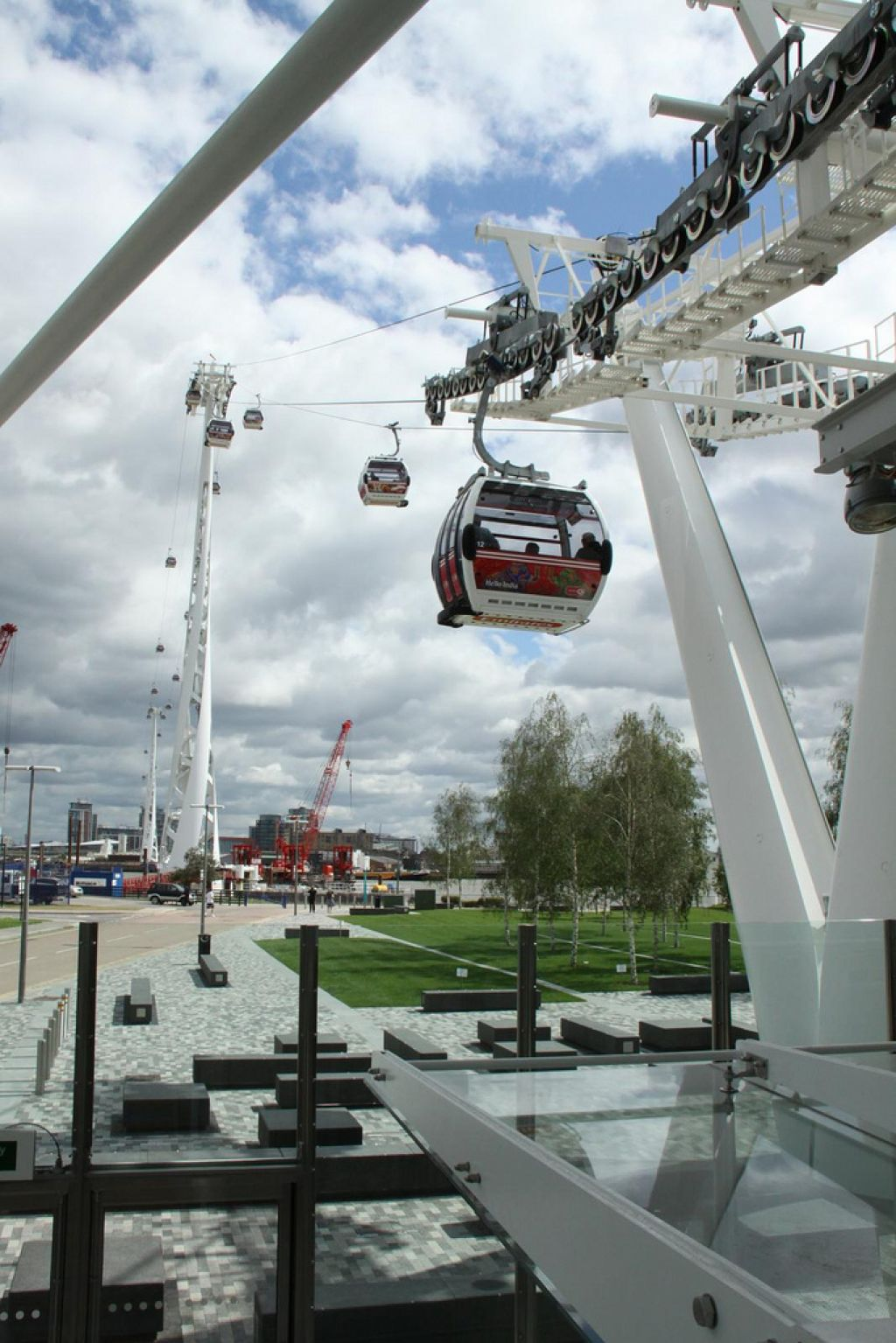 emirates air line1 London Olympics 2012   Cable Car over Thames