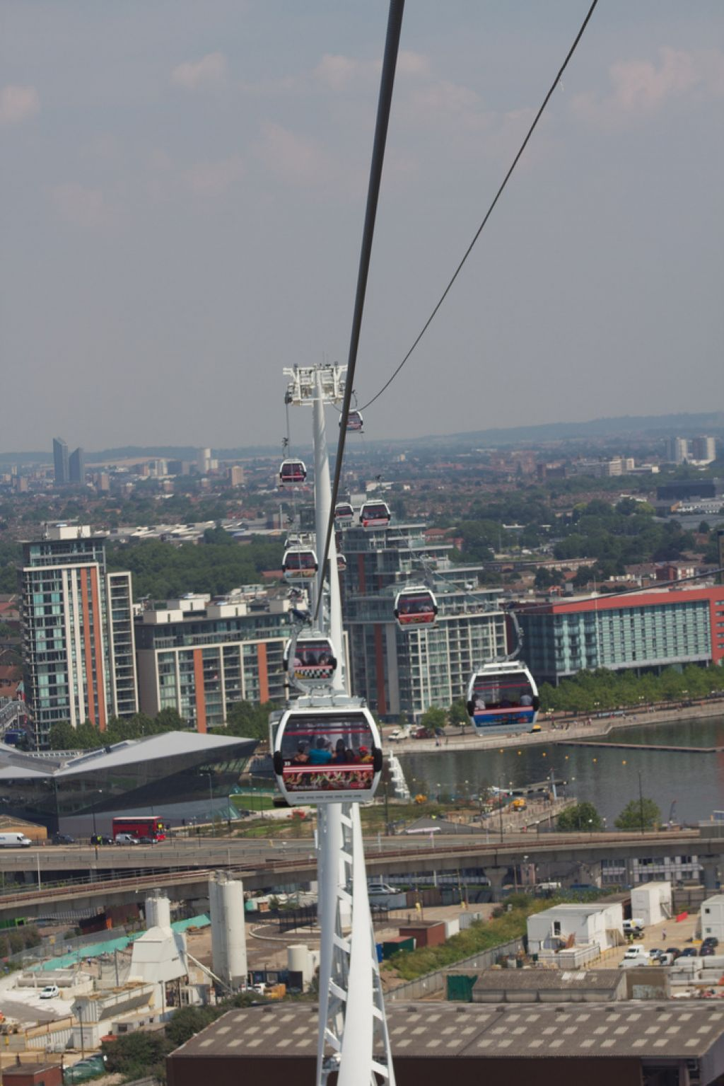 emirates air line13 London Olympics 2012   Cable Car over Thames