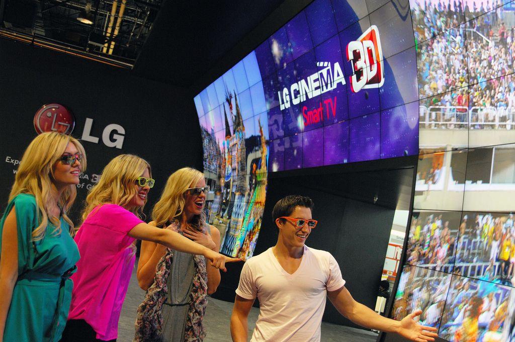 lg ces4 LG Showcase at CES 2013, Las Vegas