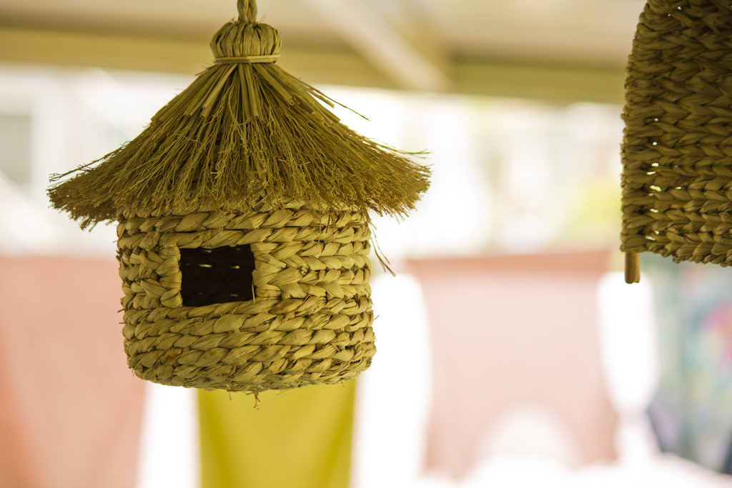 bird house9 Smarten Up Your Garden with Stylish Bird House
