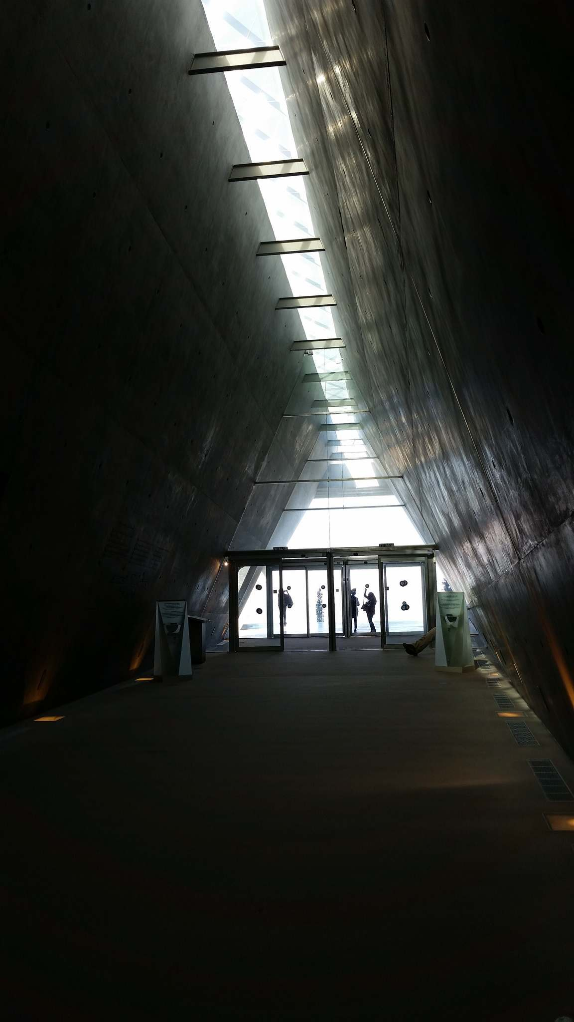 yad vashem3 The World Holocaust Remembrance Center, Israel