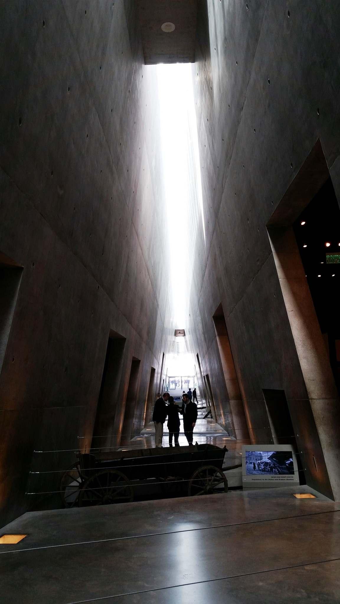 yad vashem5 The World Holocaust Remembrance Center, Israel