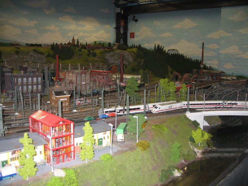 wunderland miniatur5 Worlds Biggest Miniatur Railway Wunderland Hamburg