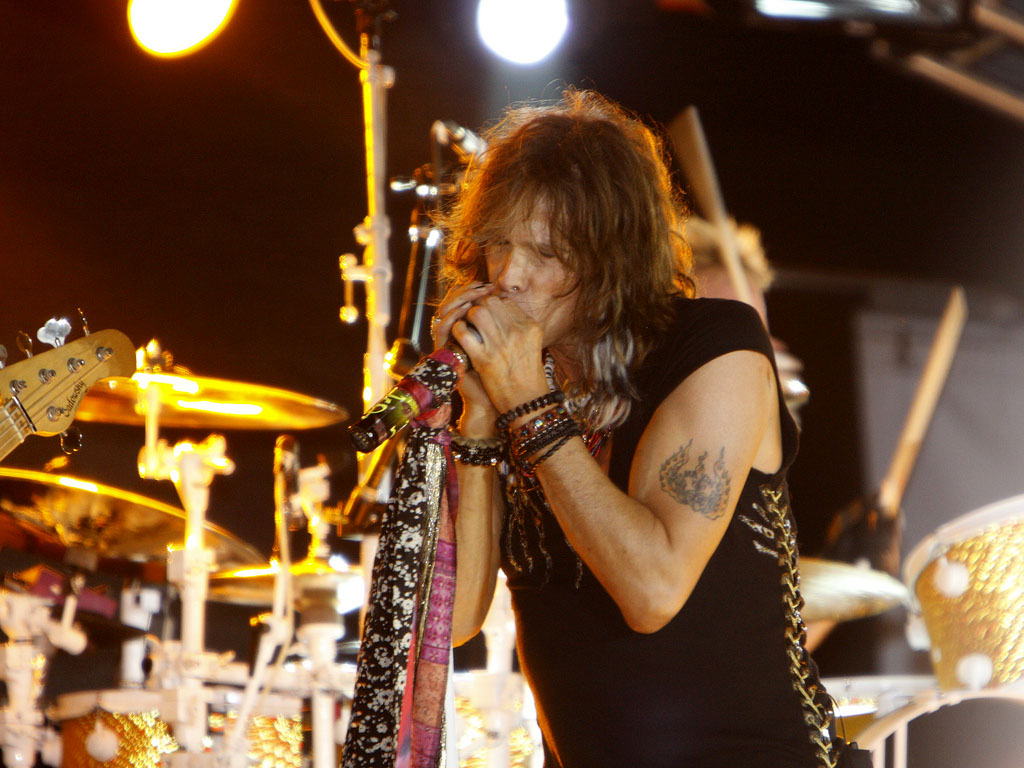 steven tyler2 How Old is Steven Tyler from Aerosmith ?