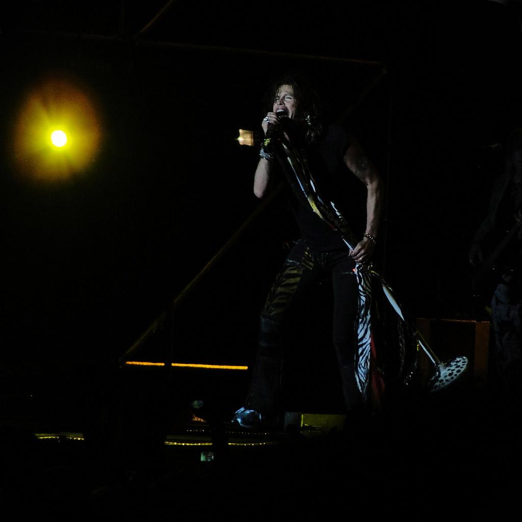 steven tyler6 How Old is Steven Tyler from Aerosmith ?