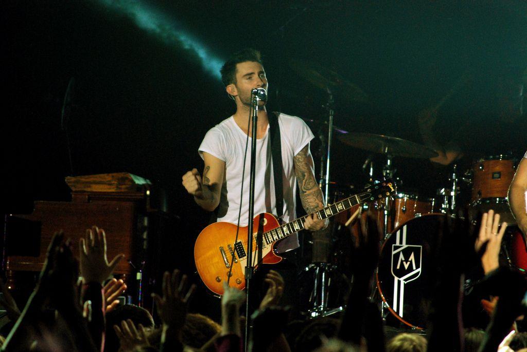 maroon 53 Maroon 5 Show