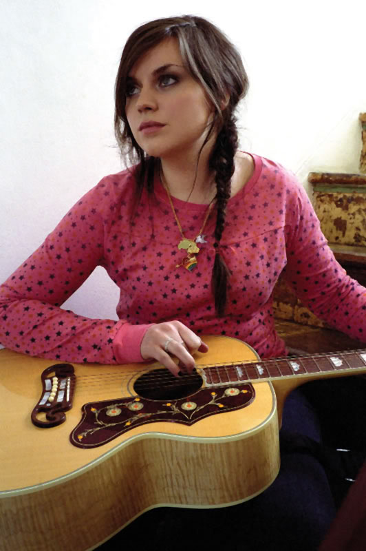 amy macdonald4 Talented Scotish Musician Amy MacDonald