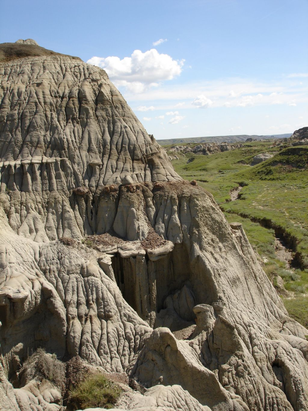 dinosaur provincial park9 Dinosaur Provincial Park   The Richest Dinosaur Fossil Site
