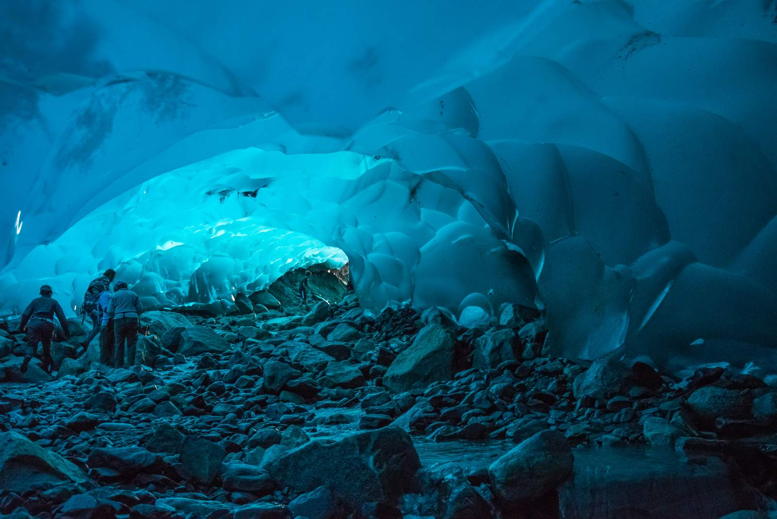 mendenhall3 Ice Caves under the Mendenhall Glacier in Juneau, Alaska