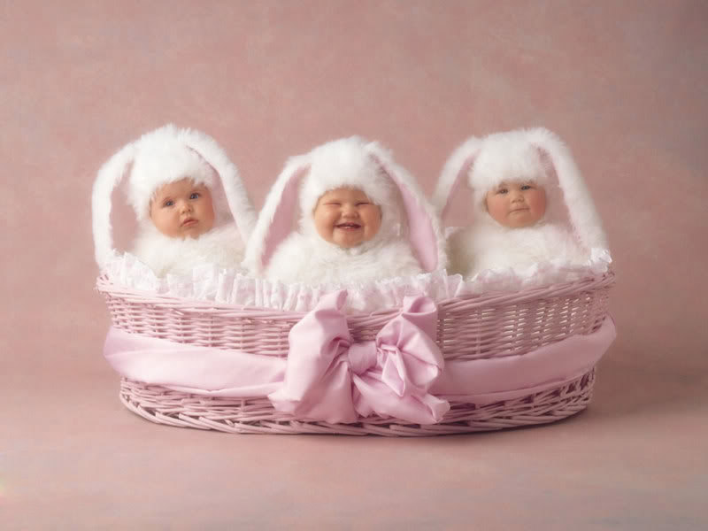 anne geddes babies7 Babies Come as Three Angels by Anne Geddes