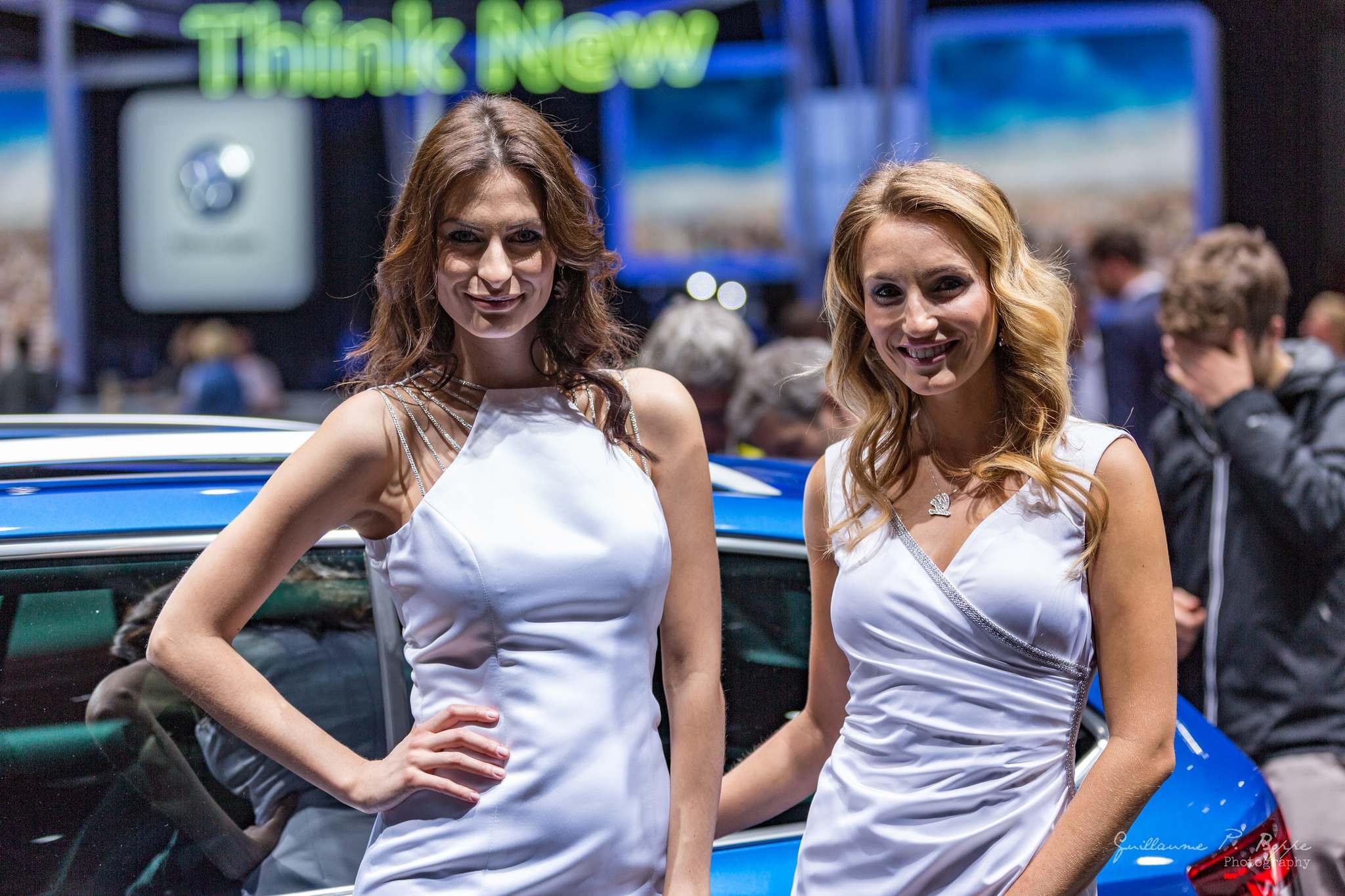 sexy hostess2 Beauty at Geneva International Motor Show 2017