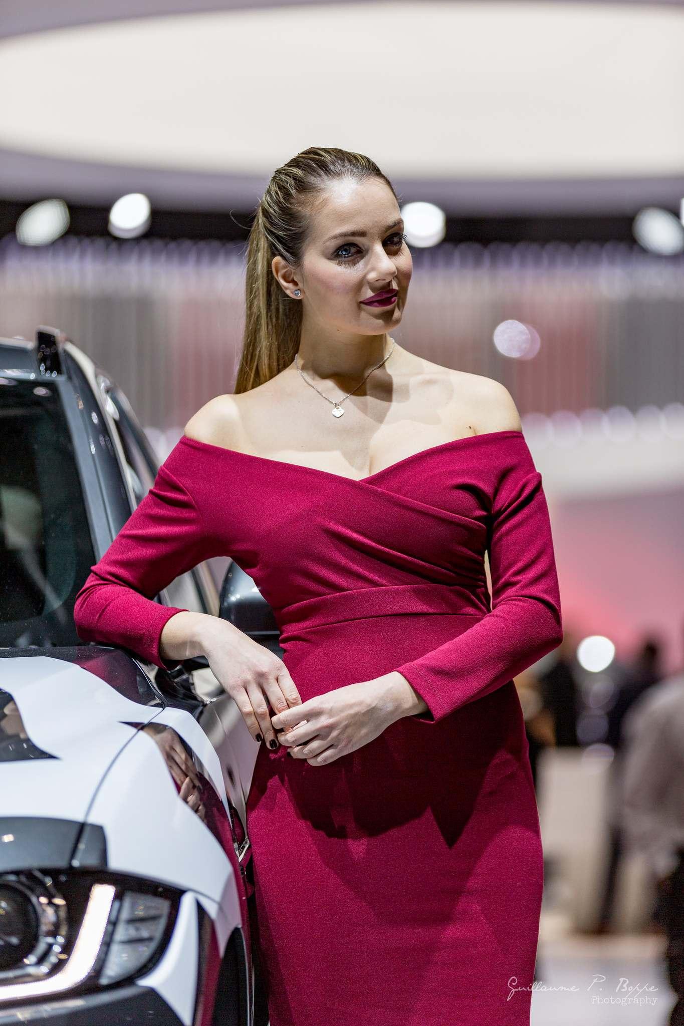sexy hostess6 Beauty at Geneva International Motor Show 2017