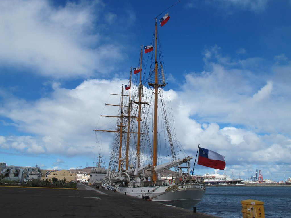 esmeralda1 Esmeralda   The Second Tallest and Longest Sailing Ship in the World