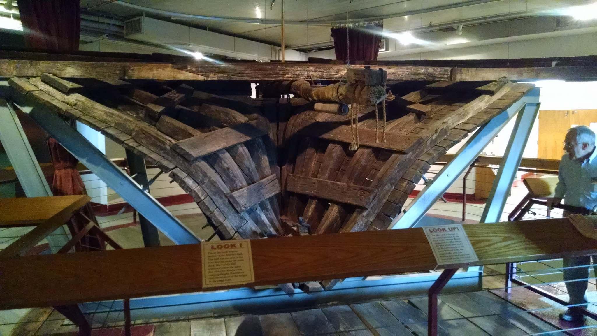 steamboat arabia4 History of Pioneering Midwest   Steamboat Arabia Museum in Kansas City