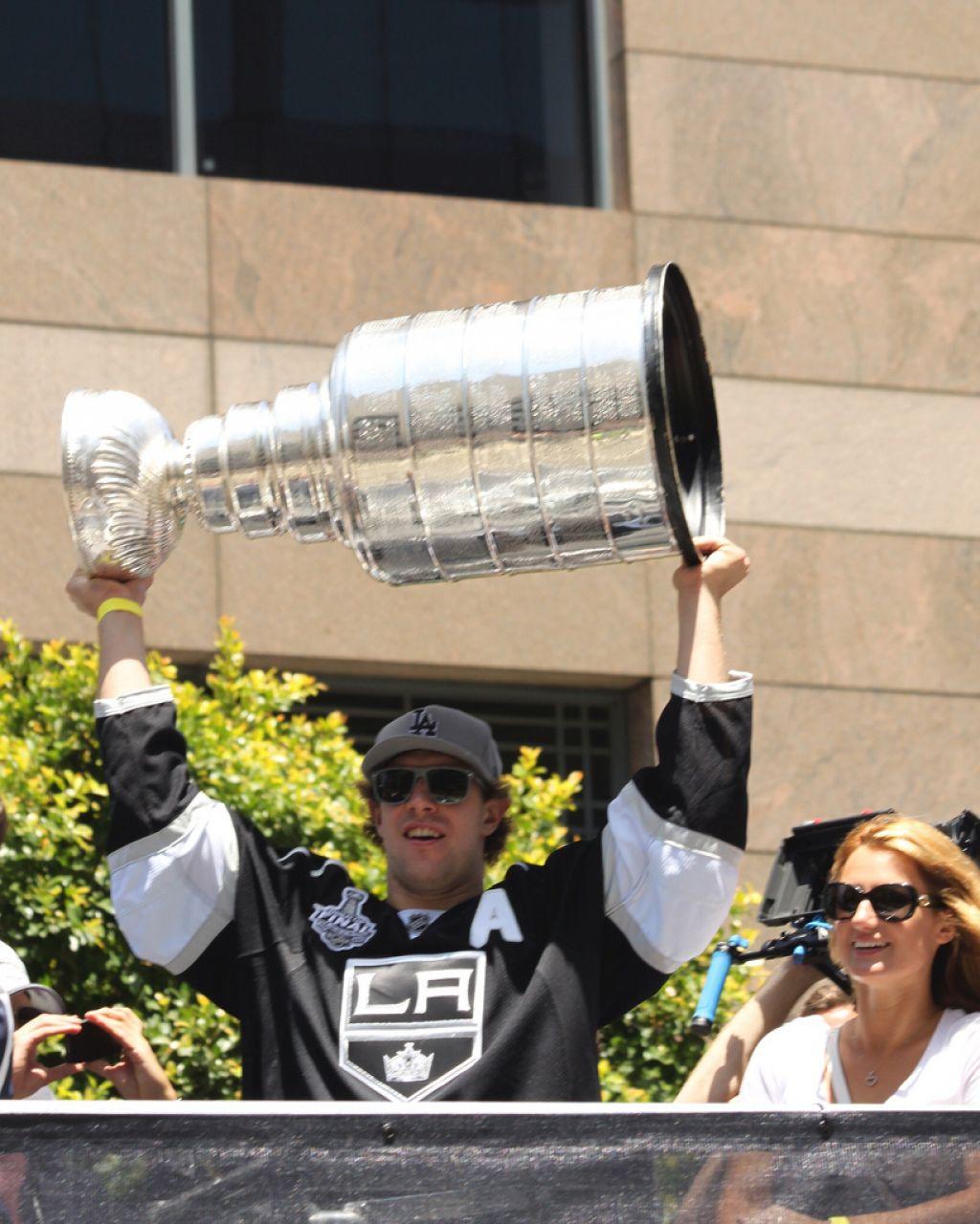 la kings1 LA Kings   Stanley Cup City Parade