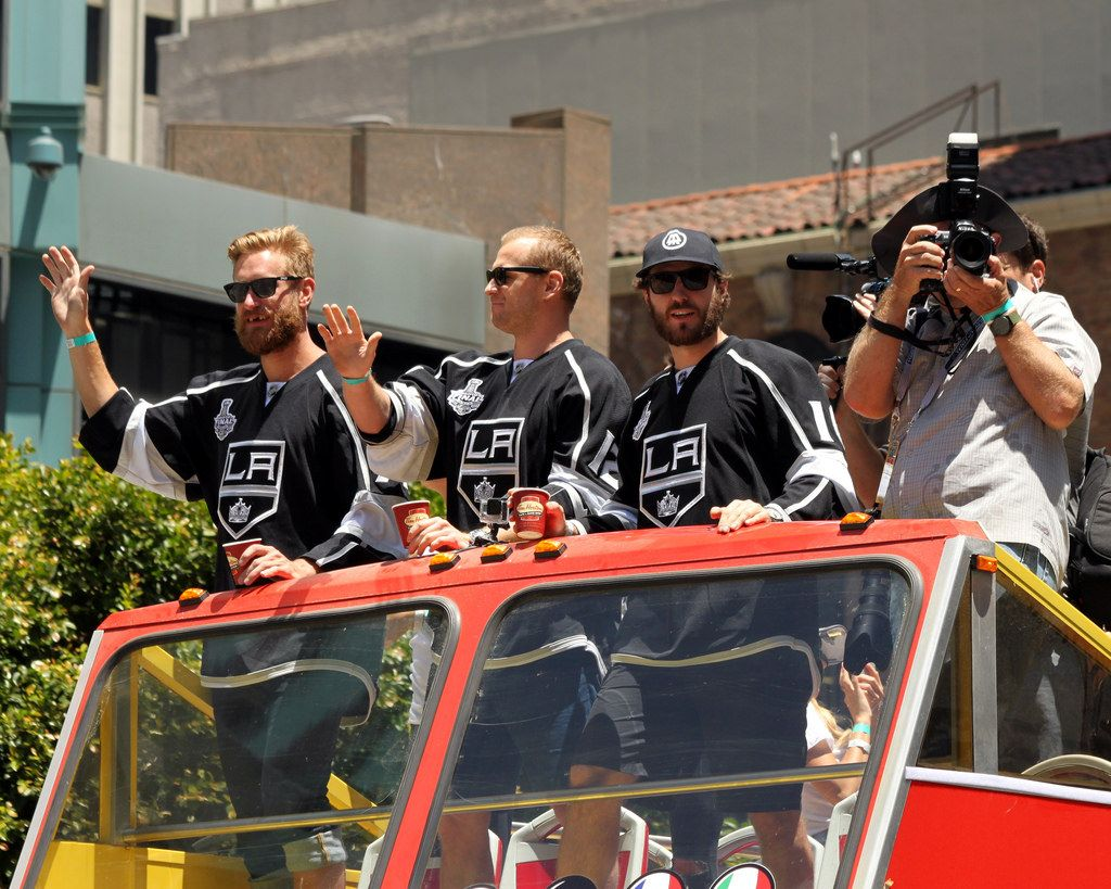 la kings2 LA Kings   Stanley Cup City Parade